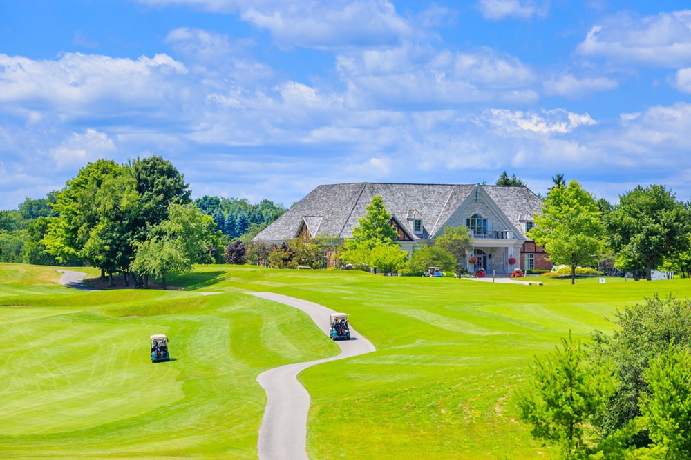 Golf_Course_Living